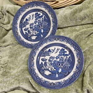 Churchill Blue Willow China Dinner Plates Set of 2